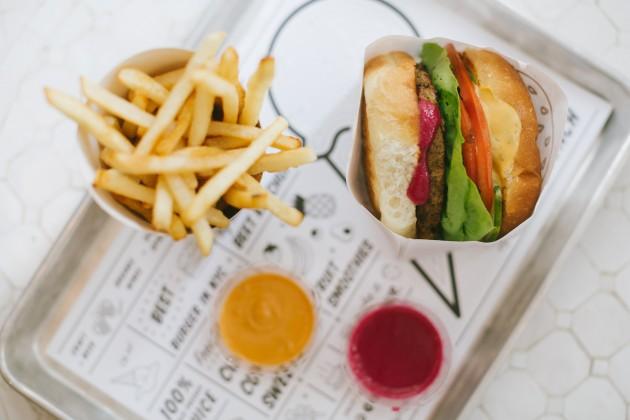 By-CHLOE-Classic-Burger-630x420